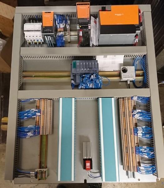 Travaux électriques de câblage d'armoires industrielles à Pomacle