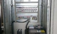 Réalisation d'une armoire électrique pour une industrie à Pomacle