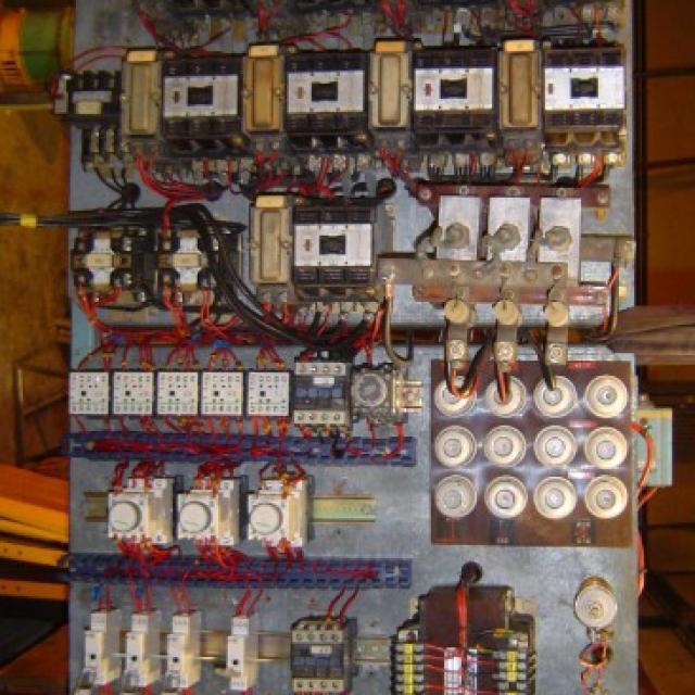 Reprise d'un chassis électrique pour une machine à Charleville Mézière